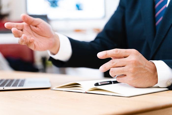 強み … 金融機関との調整役